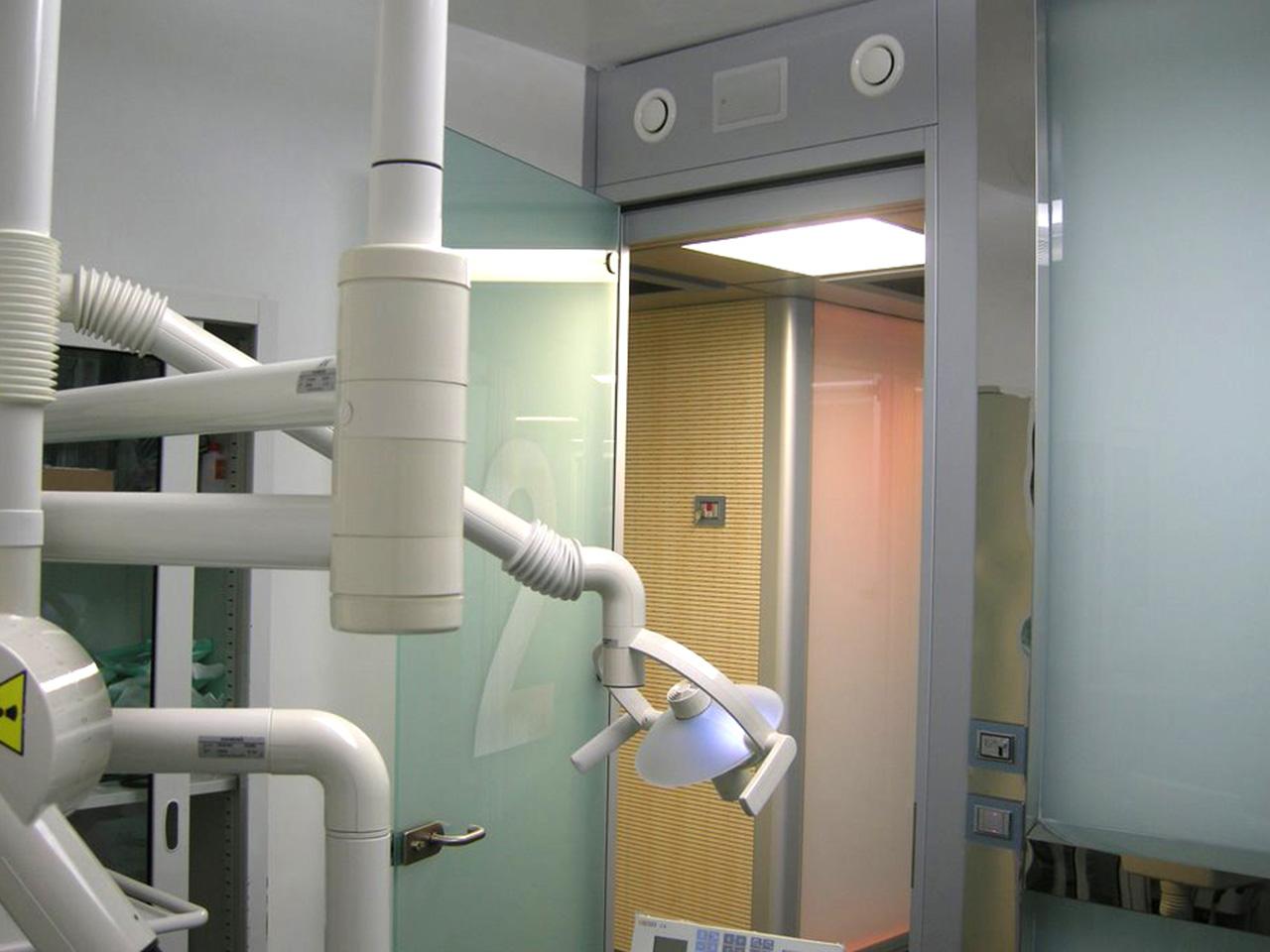 Realizzazione presidi sanitari - Clinica Dental Smile 05